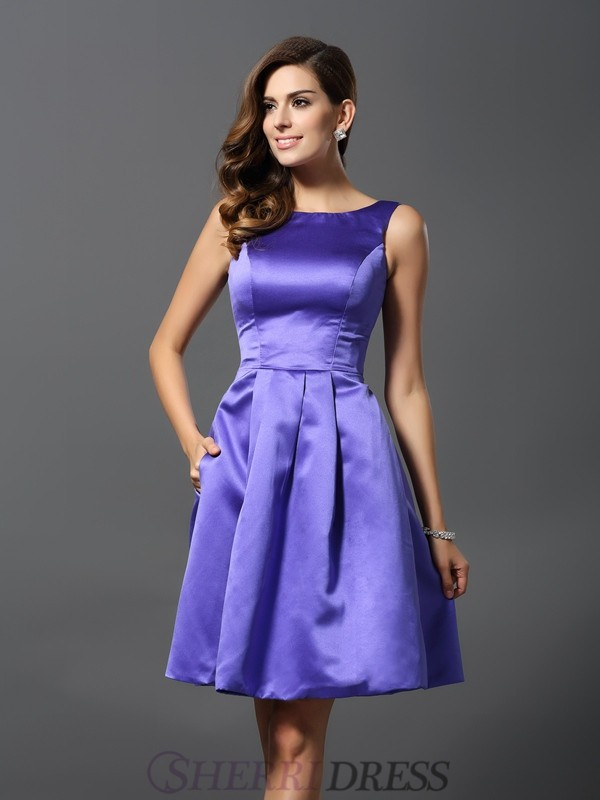 A-Line/Princess Scoop Satin Sleeveless Knee-Length Bridesmaid Dresses