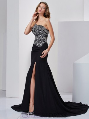 A-Line/Princess Strapless Chiffon Sleeveless Sweep/Brush Train Dresses