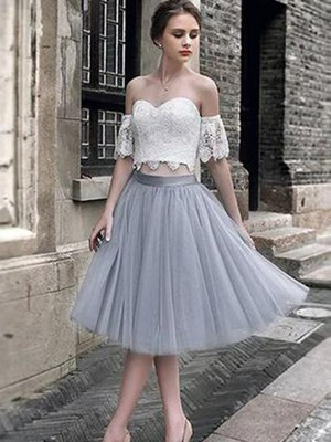 A-Line/Princess Sweetheart Tulle Sleeveless Tea-Length Dresses
