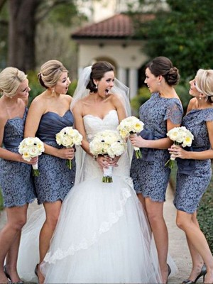 Sheath/Column Sweetheart Lace Sleeveless Short/Mini Bridesmaid Dresses