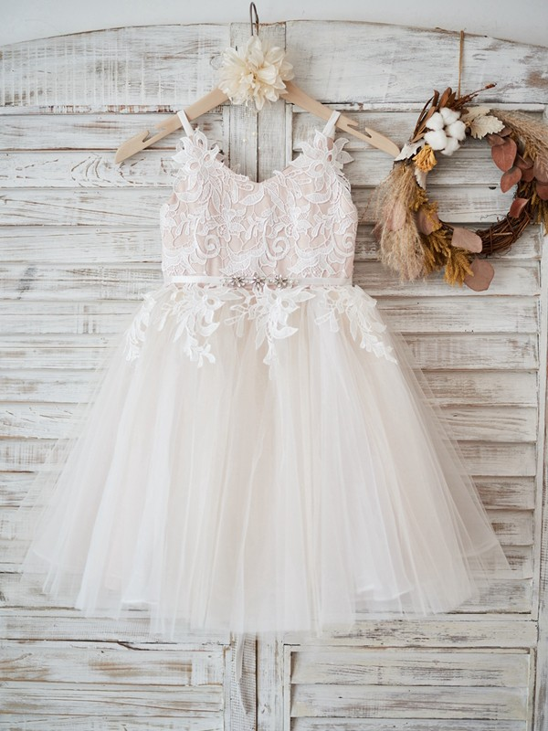A-Line/Princess V-neck Tulle Sleeveless Knee-Length Flower Girl Dresses