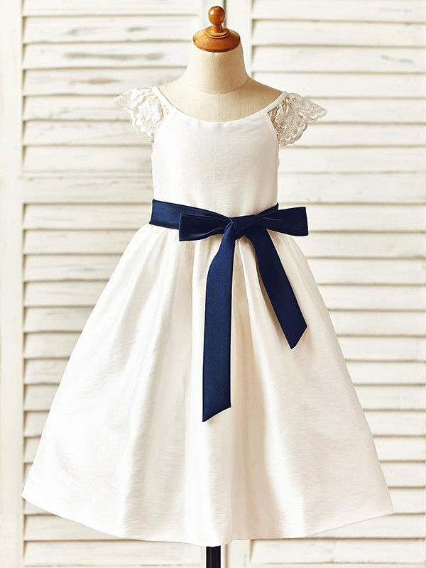 A-Line/Princess Scoop Taffeta Sleeveless Knee-Length Flower Girl Dresses