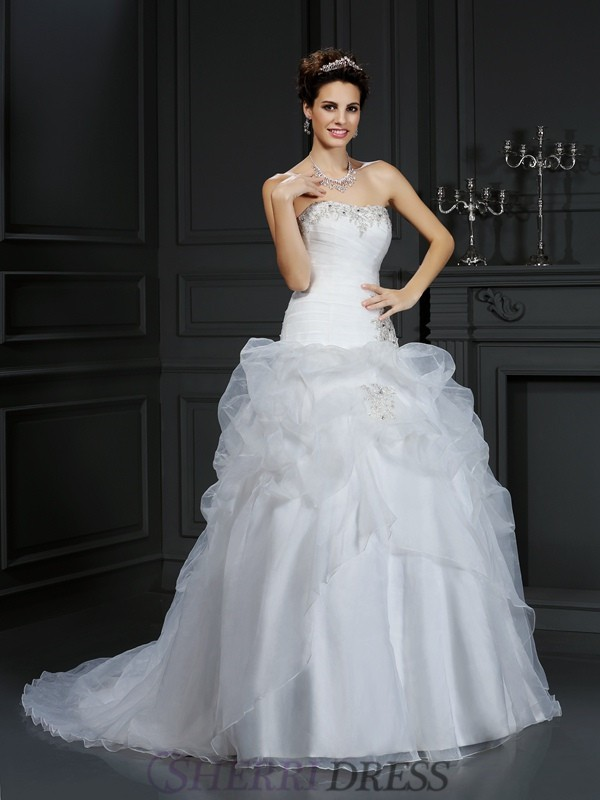 Ball Gown Strapless Organza Sleeveless Court Train Wedding Dresses