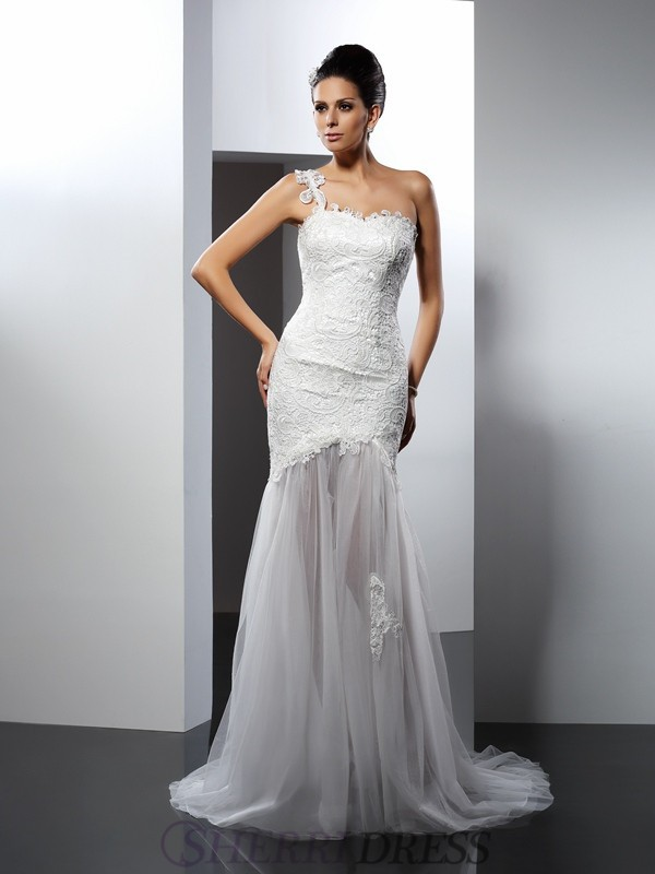 Trumpet/Mermaid One-Shoulder Lace Sleeveless Chapel Train Wedding Dresses