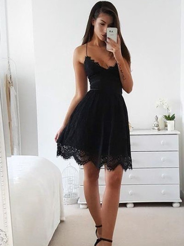 A-Line/Princess Spaghetti Straps Lace Sleeveless Short/Mini Dresses