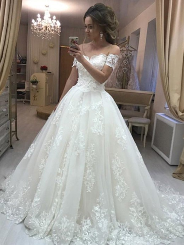 A-Line/Princess Off-the-Shoulder Tulle Sleeveless Sweep/Brush Train Wedding Dresses
