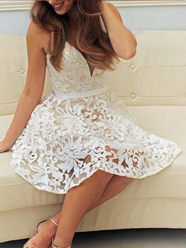 A-line/Princess V-neck Lace Sleeveless Short/Mini Dresses