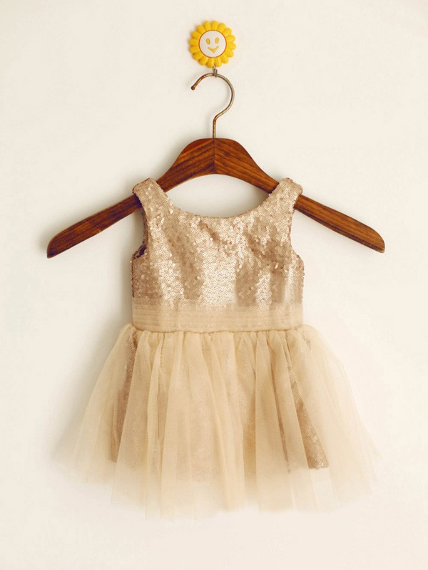 A-Line/Princess Scoop Sequins Sleeveless Knee-Length Flower Girl Dresses